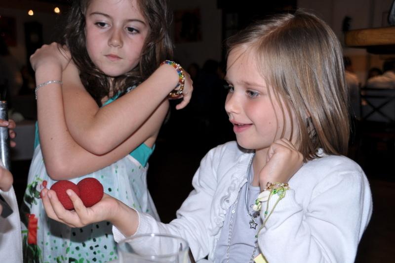 Magie pour enfants, un magicien dans le tarn et garonne : FRANCK LAROZA , MAGIC-FRANCKY