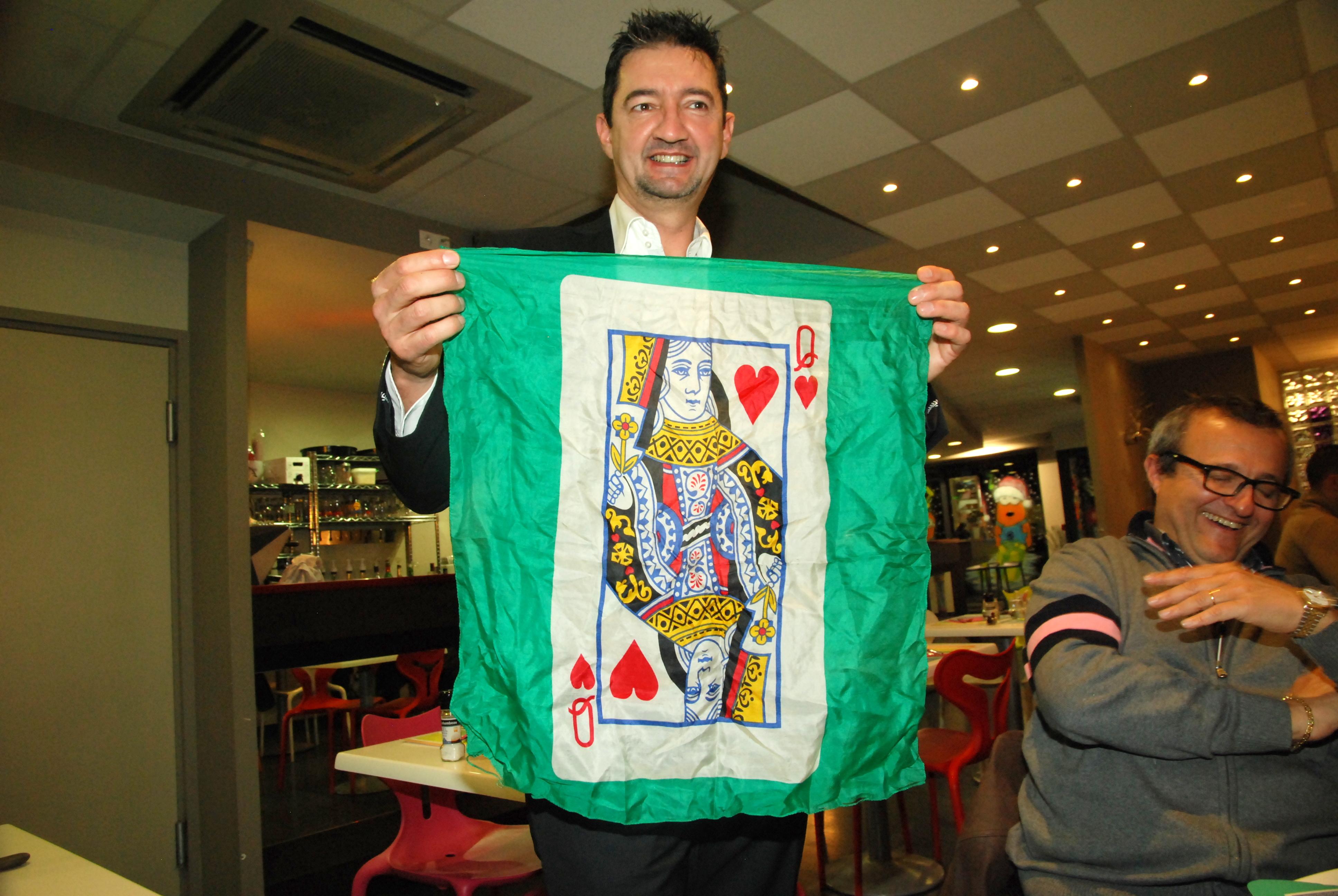 magie au restaurant, magic-francky un magicien à MONTAUBAN